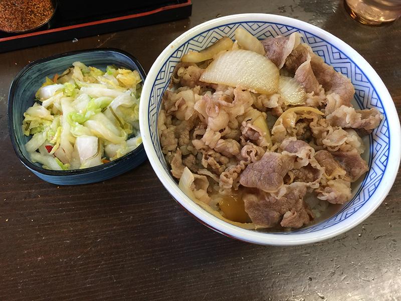 吉野家築地一号店の牛丼(とおしんこう)